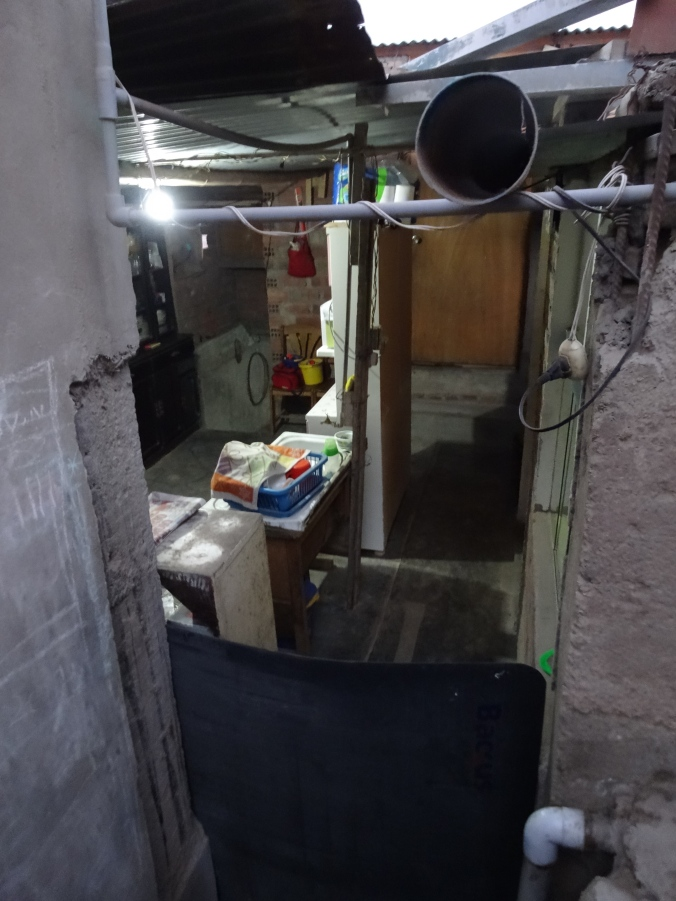 back door in Yanacoto