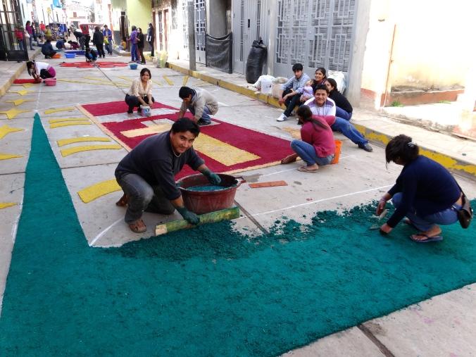 alfombras in Peru fiesta