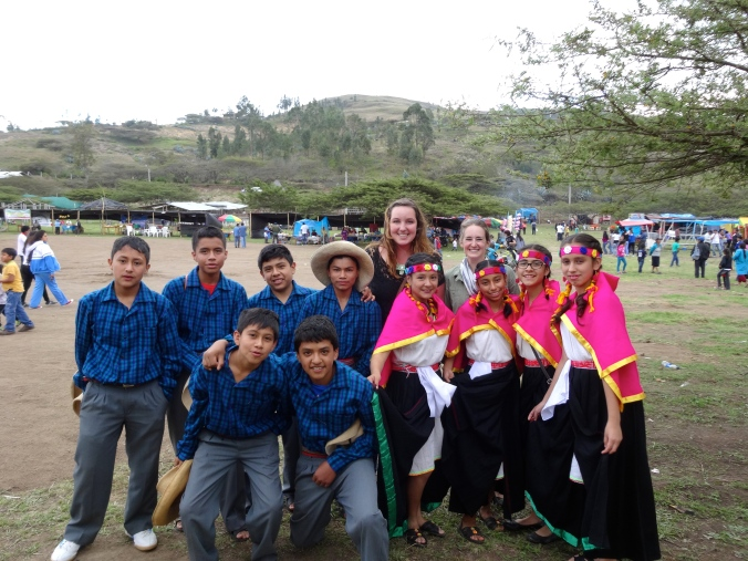 Peruvian students in traditional clothes