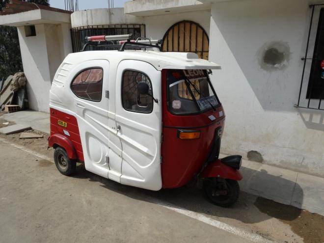 moto taxi in Peru transportation