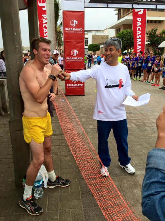 Giving palabras at Pacasmayo International Marathon