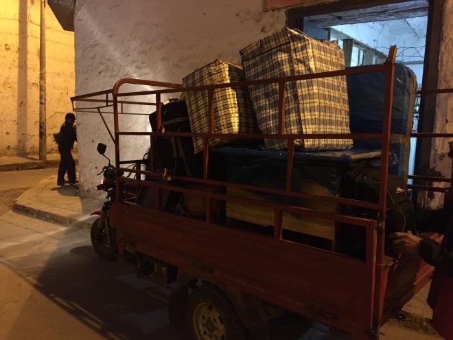 moving in Peru cargo moto